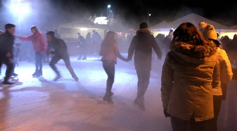 Soirée brouillard à la patinoire